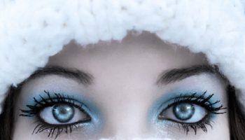 waterproof-makeup-in-winter