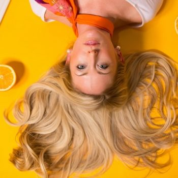 7 Ways to Combat Female Hair Loss
