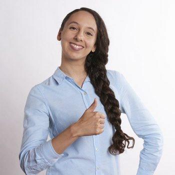confident-job-interview-outfit