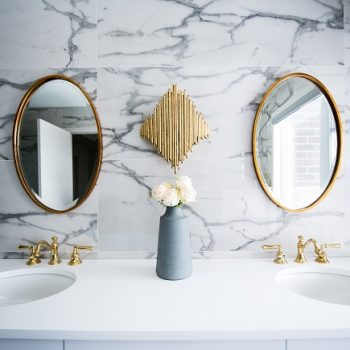 Renovate-Your-Old-Bathroom